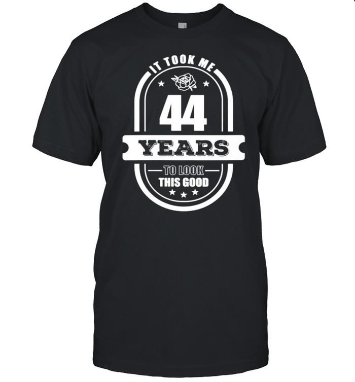 44th Birthday Age 44 Year Old Retro Dad 1976 shirt Classic Men's T-shirt