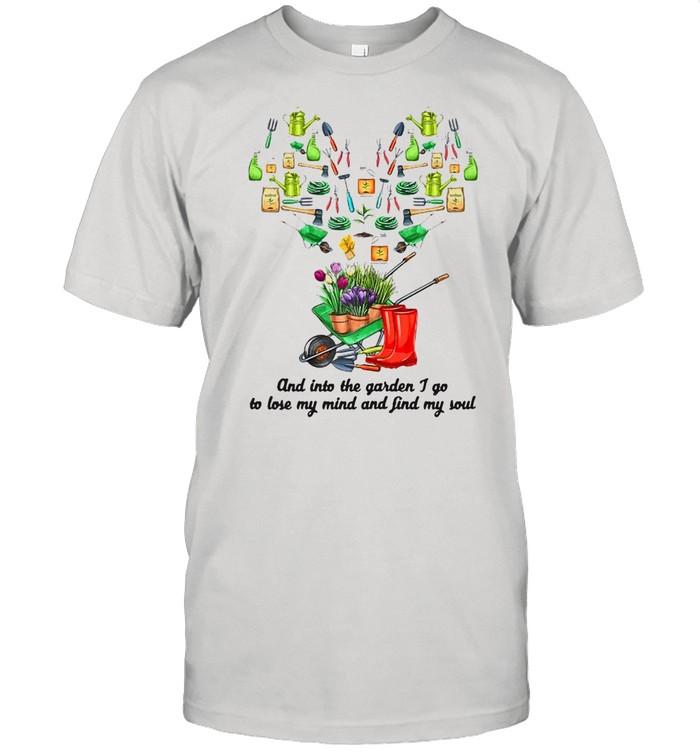 Into The Garden I Go Gardening Tools Heart Outdoor Gardening T-shirt Classic Men's T-shirt