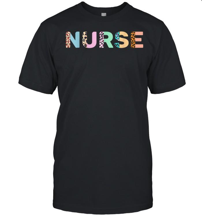 Leopard Nurse School Nurse Nursing RN Life Nurse To Be shirt Classic Men's T-shirt